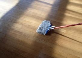汚水回収後、水拭きし乾燥